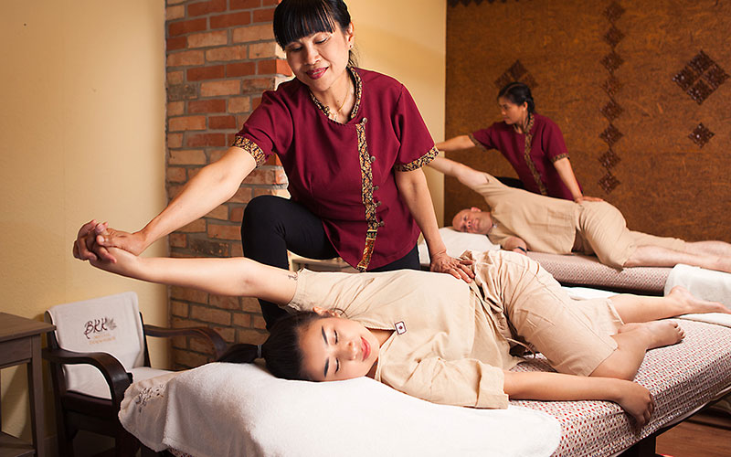 Paarmassage als traditionelle Thaimassage